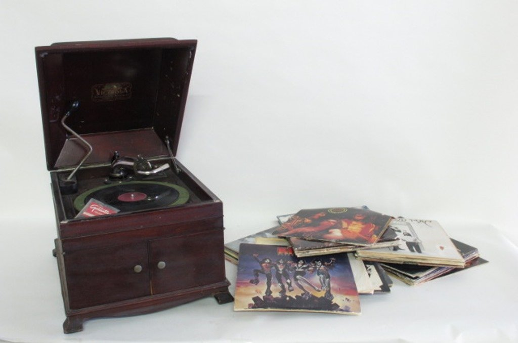 Victor Victrola Talking Machine