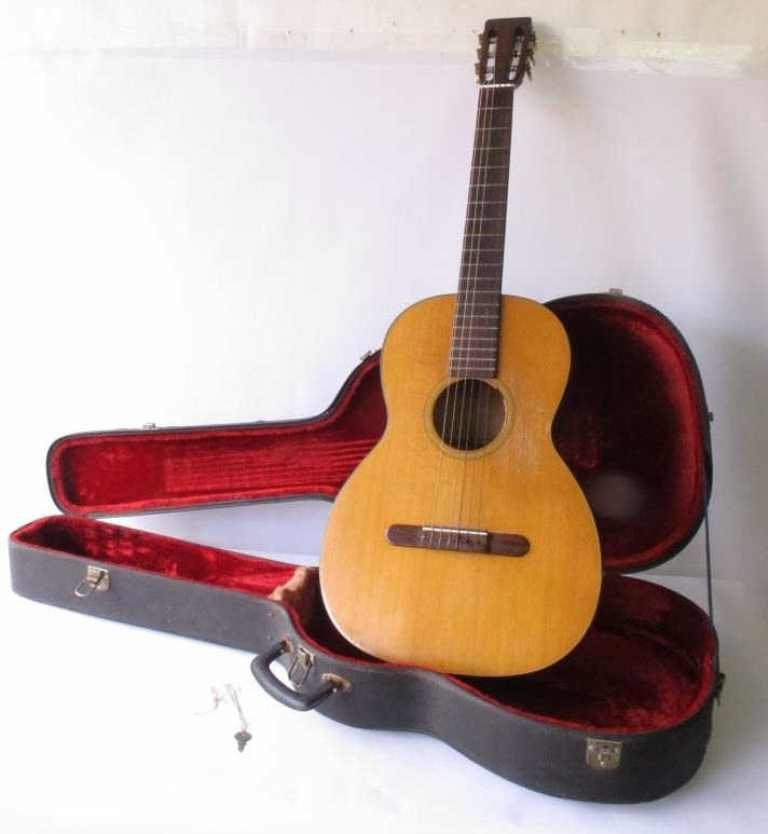 CF Martin & Co Classical Guitar
