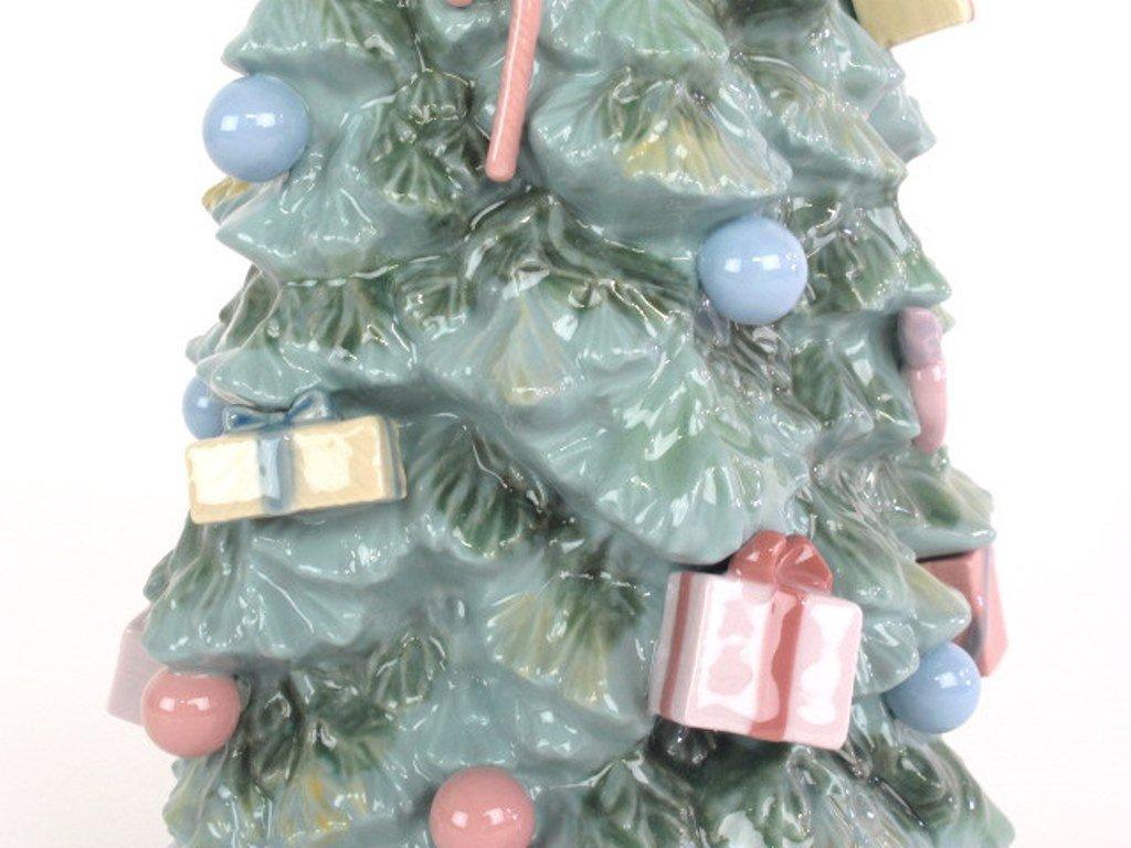 "Lladro ""Christmas is Here"" Tree - 4"