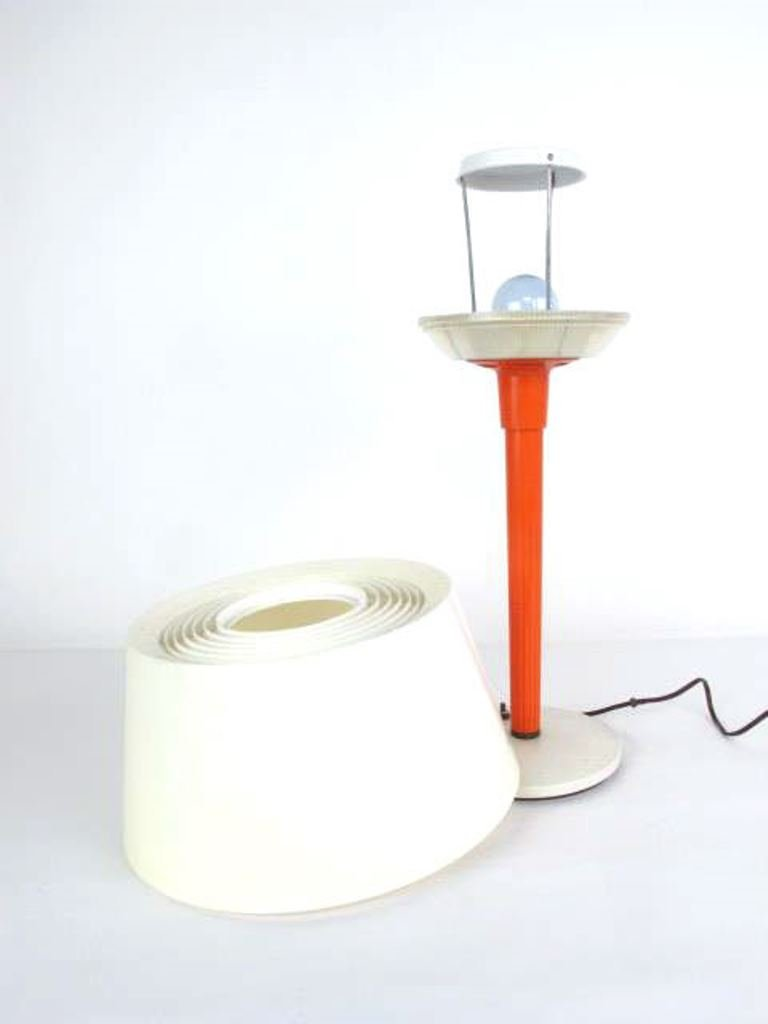 Retro Table Lamp - 7