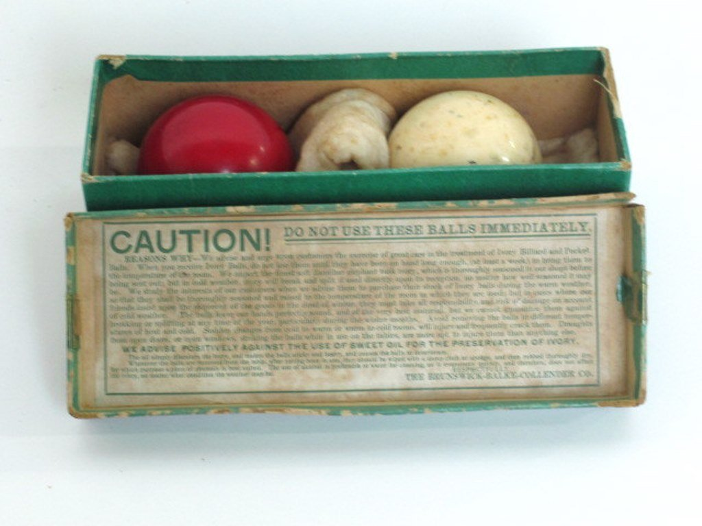Two Vintage Billiard Balls - 5