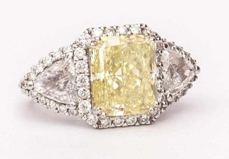 Ladies 18K White Gold Designer Ring- GIA 2173621702