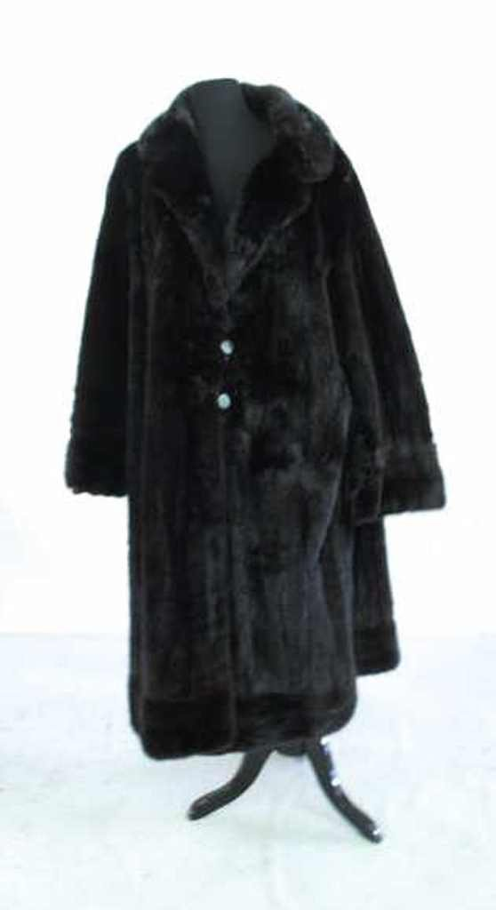 Black Mink Coat Black mink coat having fur pelts