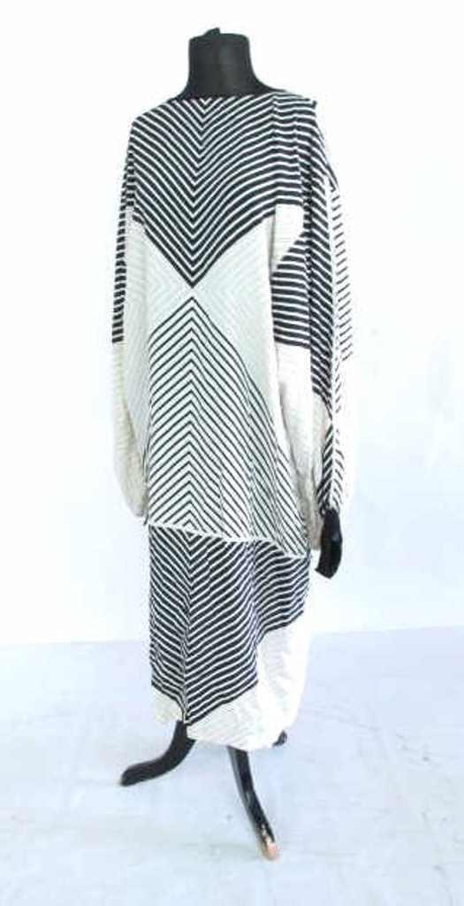 Black and White Print Dress Silk dress having overall
