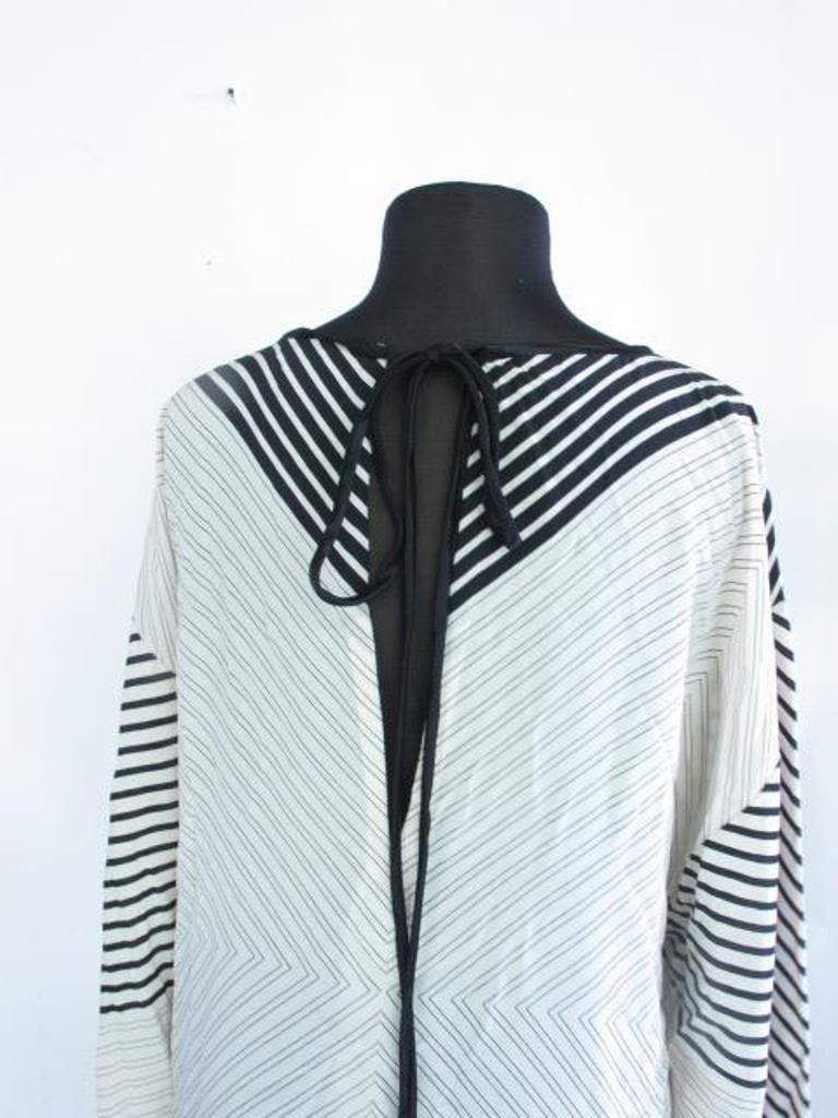 Black and White Print Dress Silk dress having overall - 3