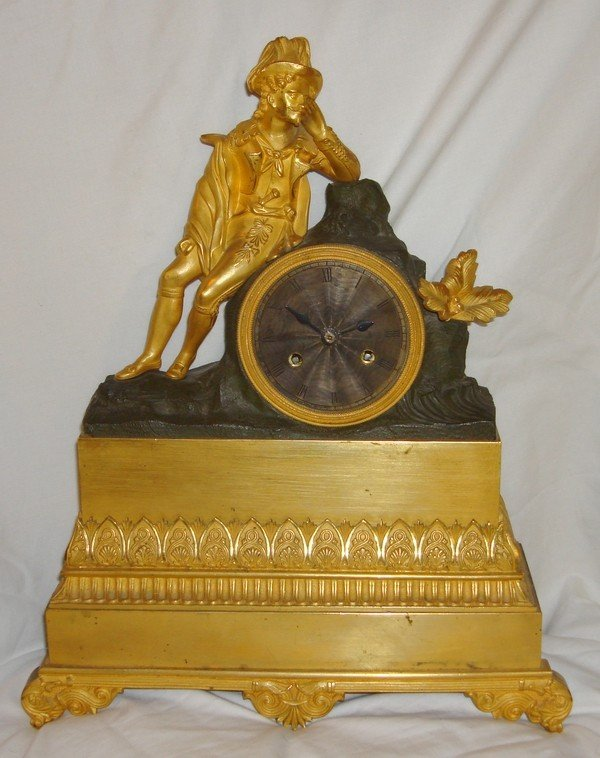1002: Antique French Clock Late 18th C. Silk Susp. Figu