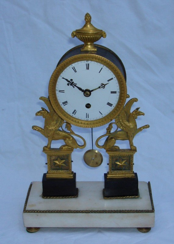 1008: Antique French Clock 18th C. Silk Suspension