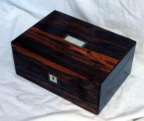 1418: Antique Coromandel wood box 19th C.
