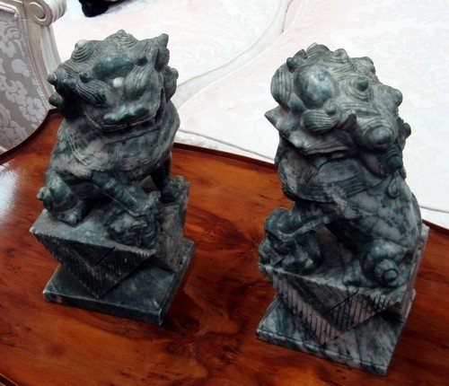 1614: Antique Chinese Carved Stone Foo Dogs