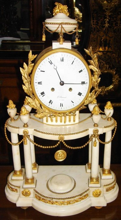 2058: Antique French Marble Clock & Garnitures 18th C. - 2