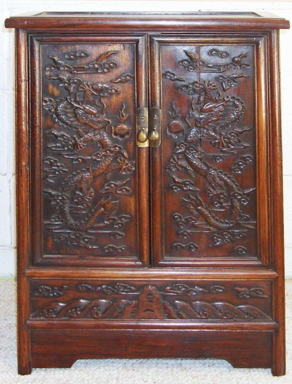 2065: Antique Chinese 5 Claw Dragon Rosewood Carved Cab