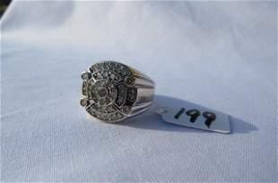 14kt white gold diamond ring