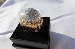 18kt Gold Diamond Cluster ring