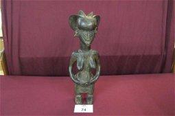 Namoli tribe carved wood figurine