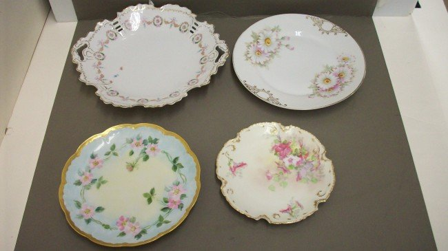 4: Tray Lot of 4 Handpainted Plates
