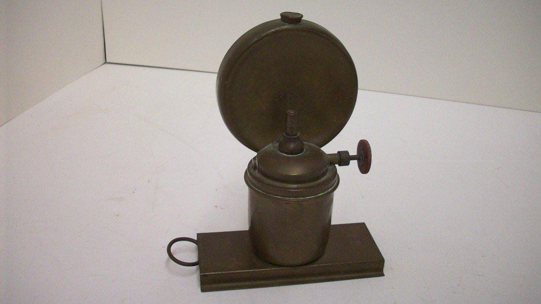 16: Vintage Oil Lamp
