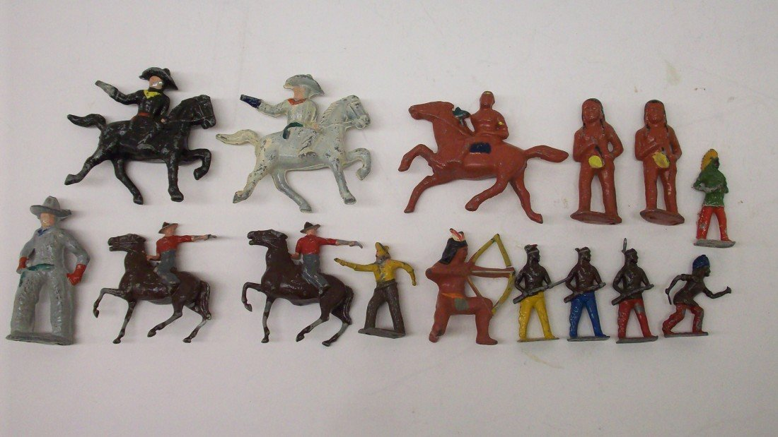 24: Tray Lot of Cast Cowboys and Indians