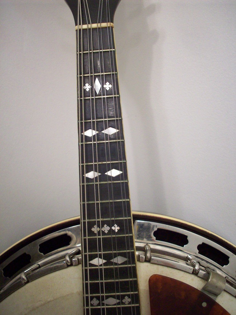 The Gibson Banjo-Mandolin MB-3 with Case - 4