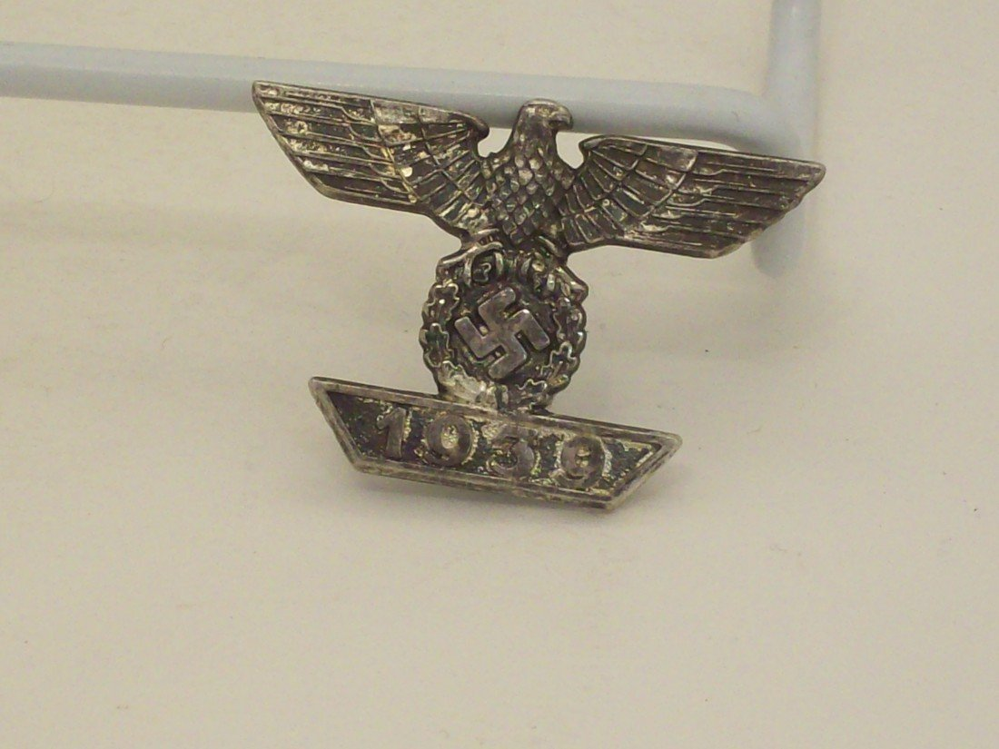 Lot of German WWII Badges - 2