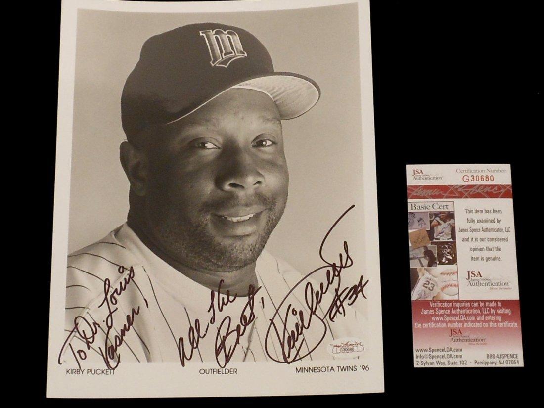 Kirby Puckett Autograph Black and White Photo