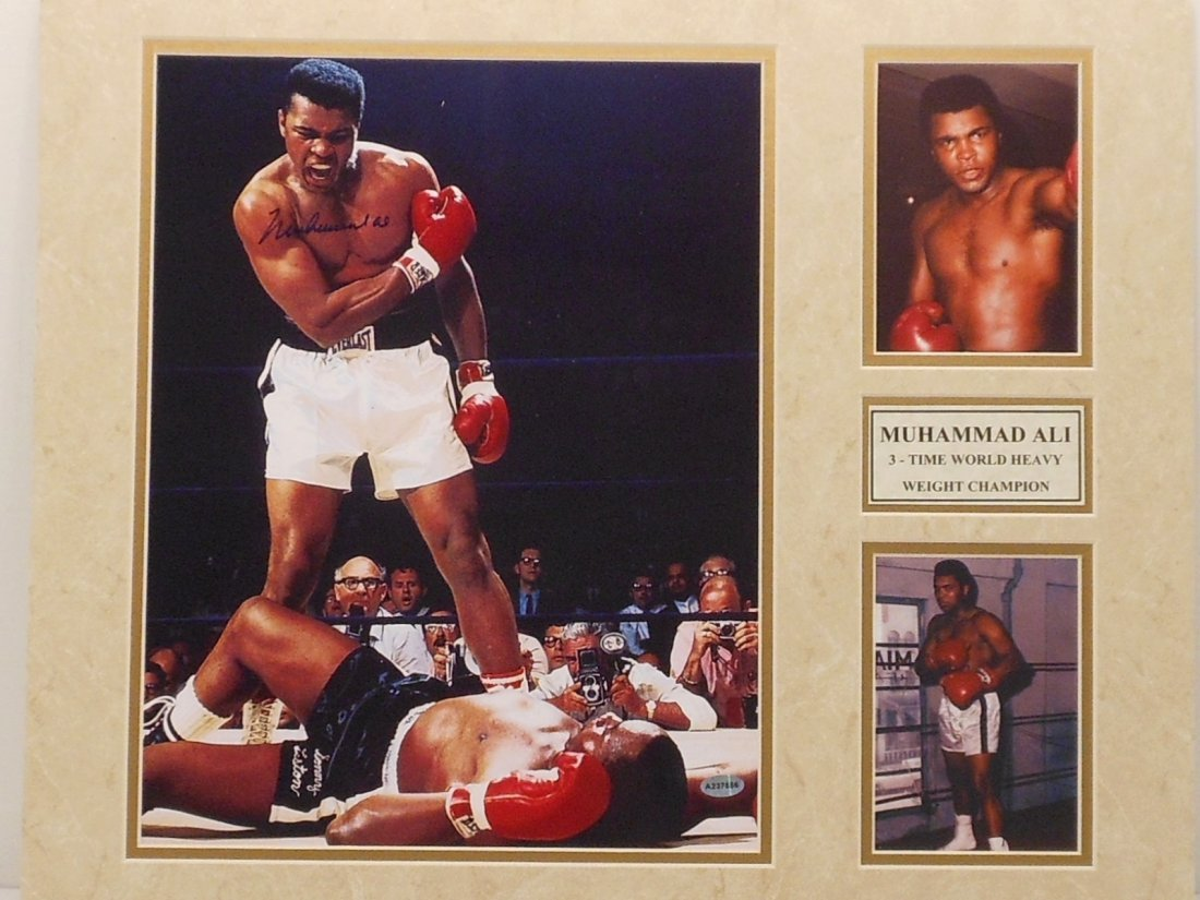 Muhammad Ali Autograph Matted Color Photos
