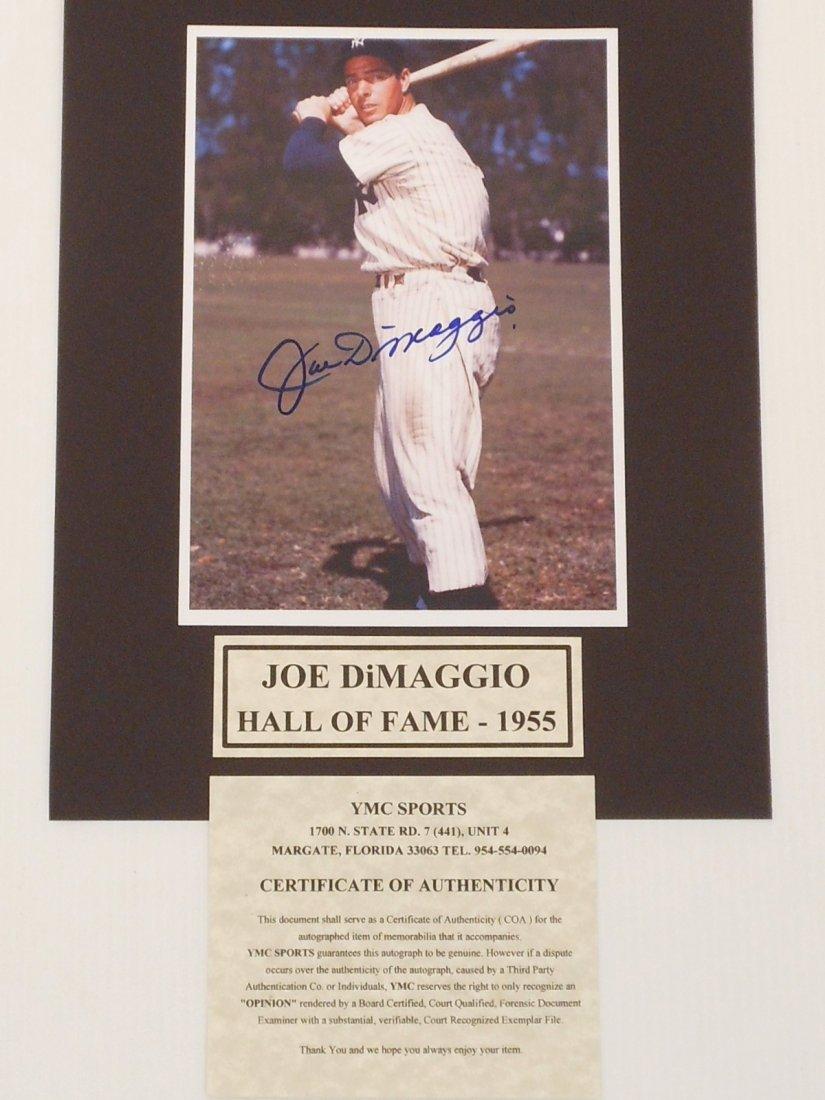 Joe DiMaggio Autograph Color Photo