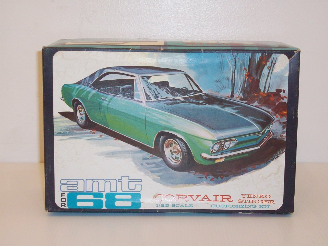 AMT '68 Corvair 1/25 Scale Model Car Kit