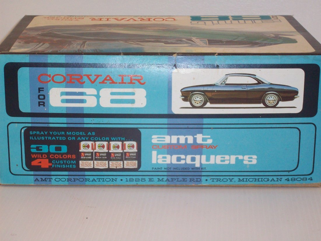 AMT '68 Corvair 1/25 Scale Model Car Kit - 5
