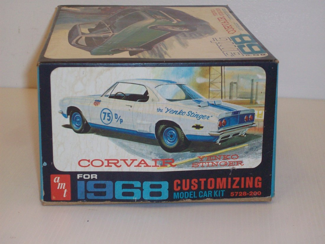 AMT '68 Corvair 1/25 Scale Model Car Kit - 6