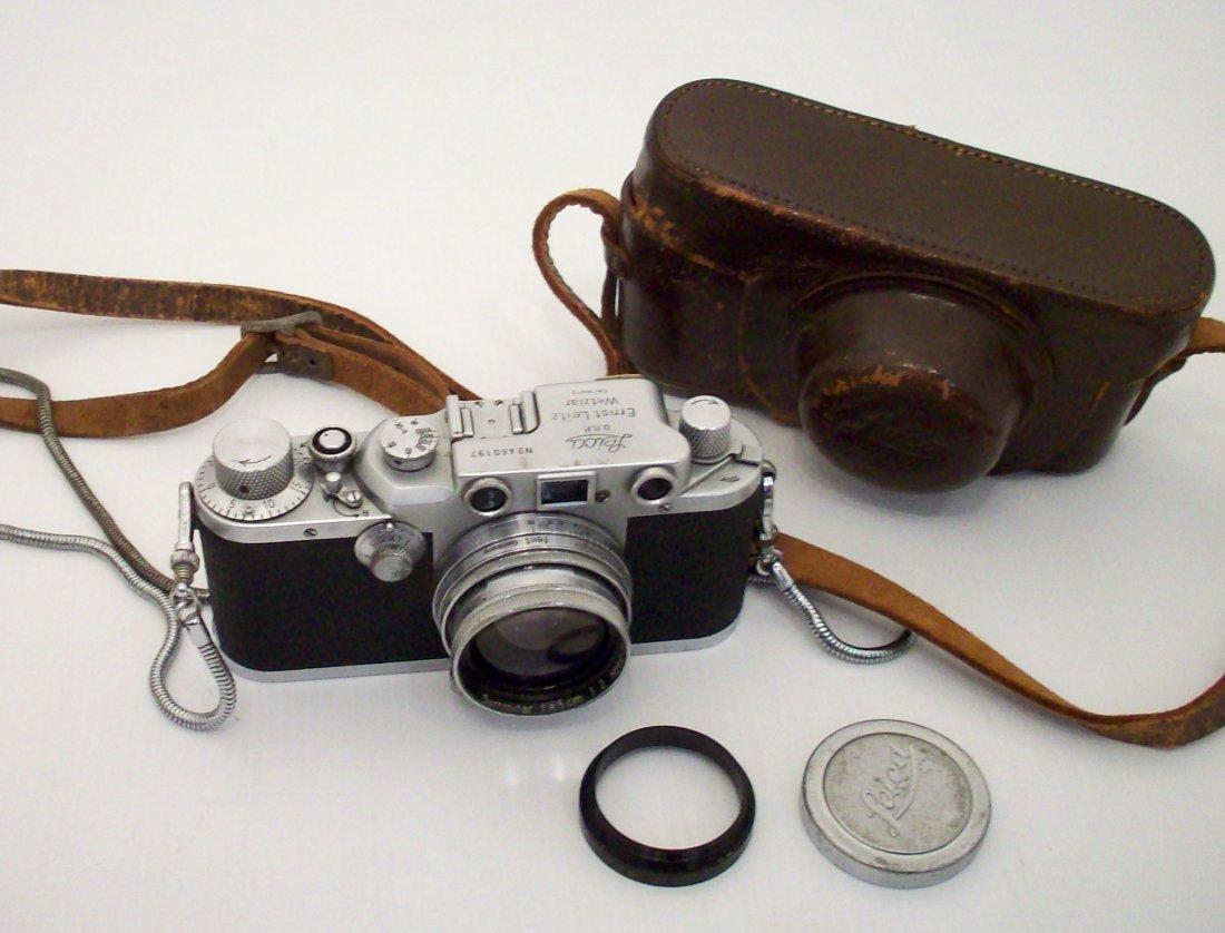 Leica IIIc Black  Body  50mm f/2.0 Summitar Lenes Case
