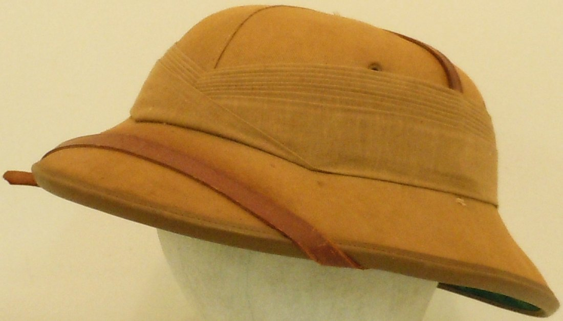English 1938 Pith Helmet