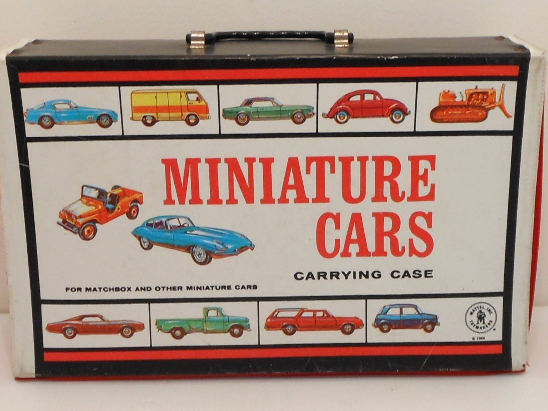 Mattel Miniature Cars Case with Matchbox Cars - 2