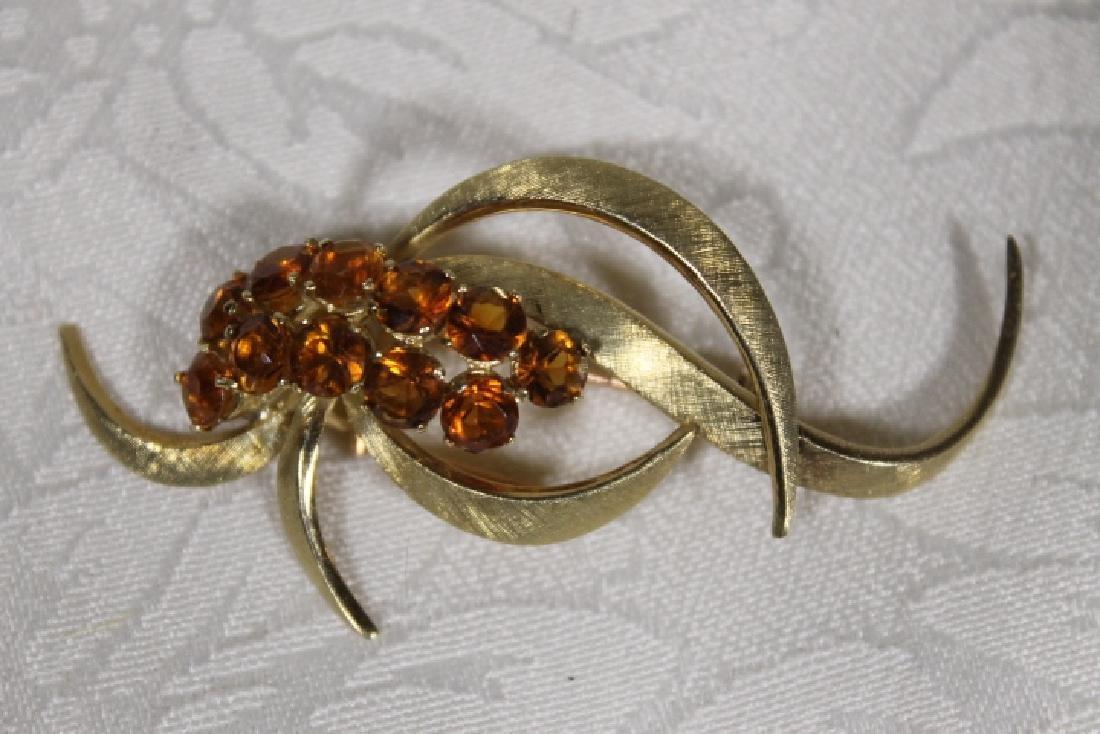 18KT Gold Pin w/Gemstones