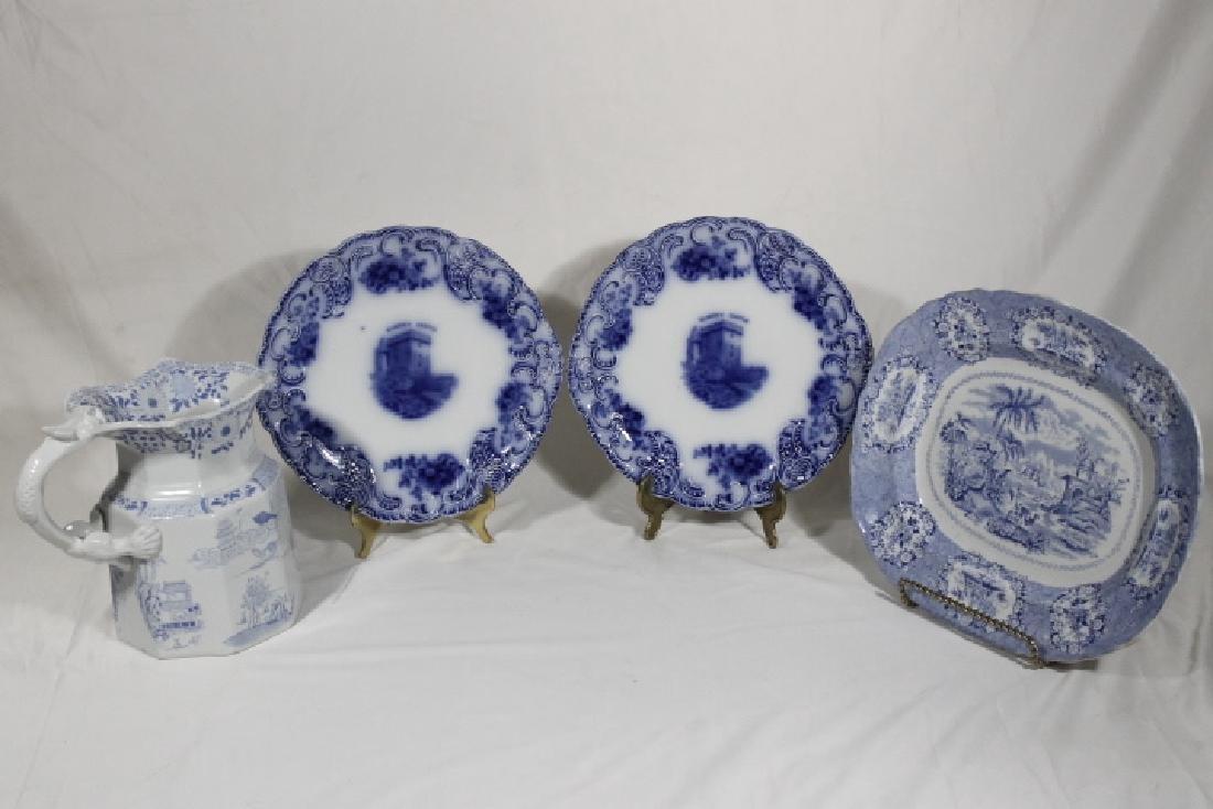 4 Pcs of Porcelain