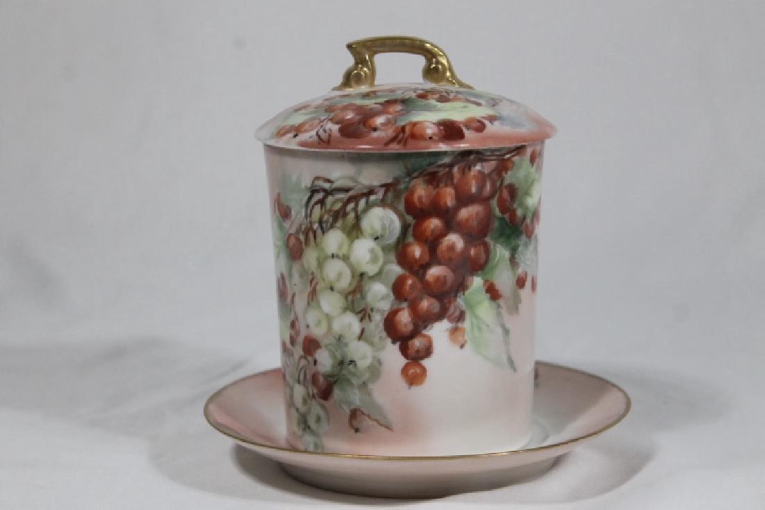 5 Assorted Porcelain Pcs - 5