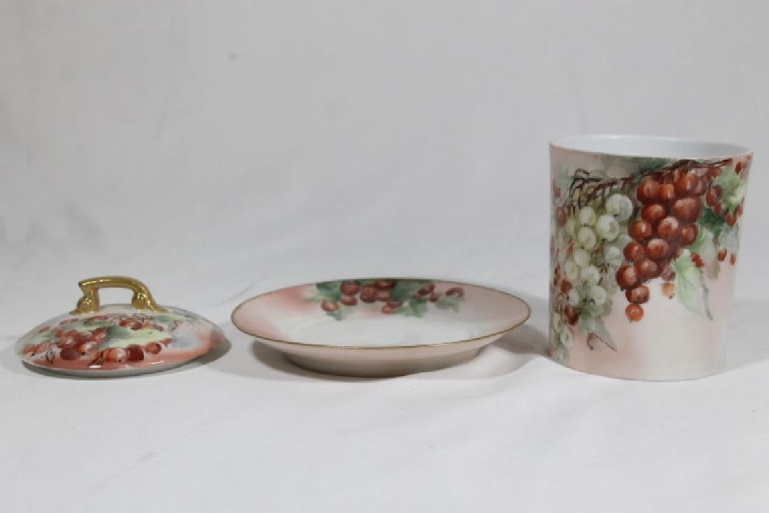 5 Assorted Porcelain Pcs - 6