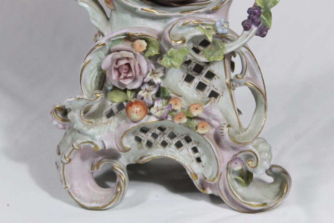 Porcelain Clock w/Cherubs - 3