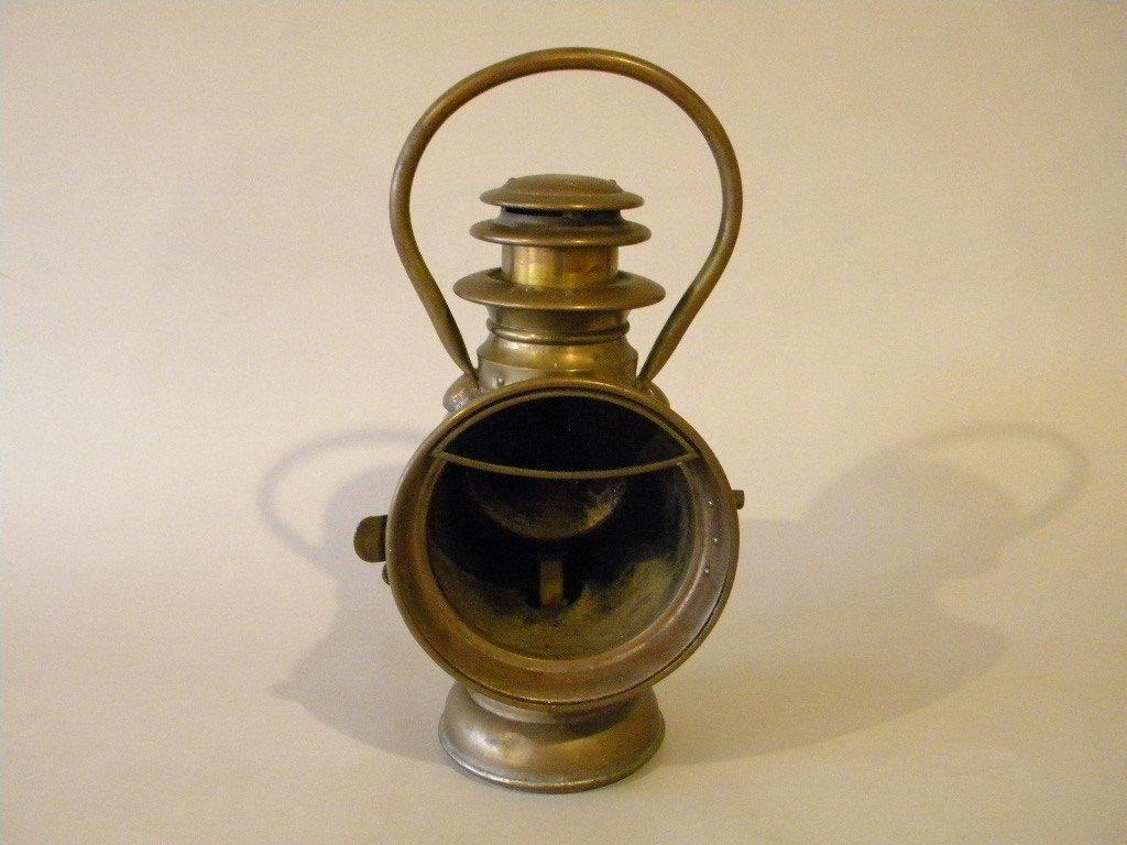 "4: Gray & Davis Amesbury MA carriage lamp, brass 4 1/2"""
