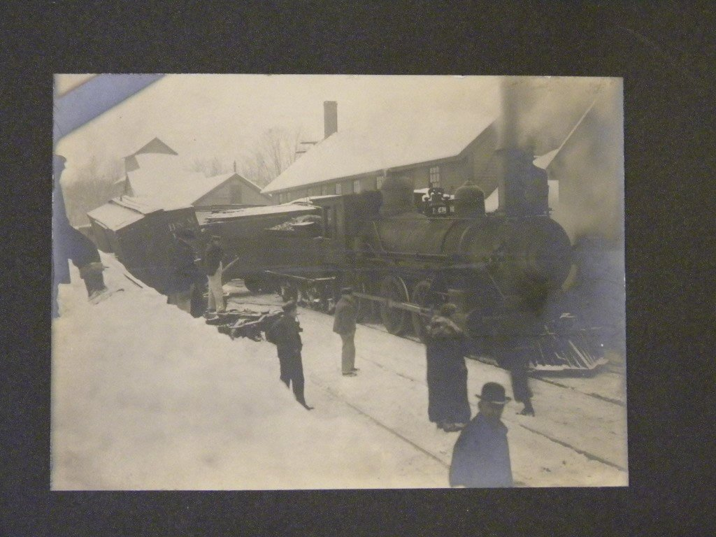 13: Lot of early train photos& 2 large cabinet cards 2  - 3