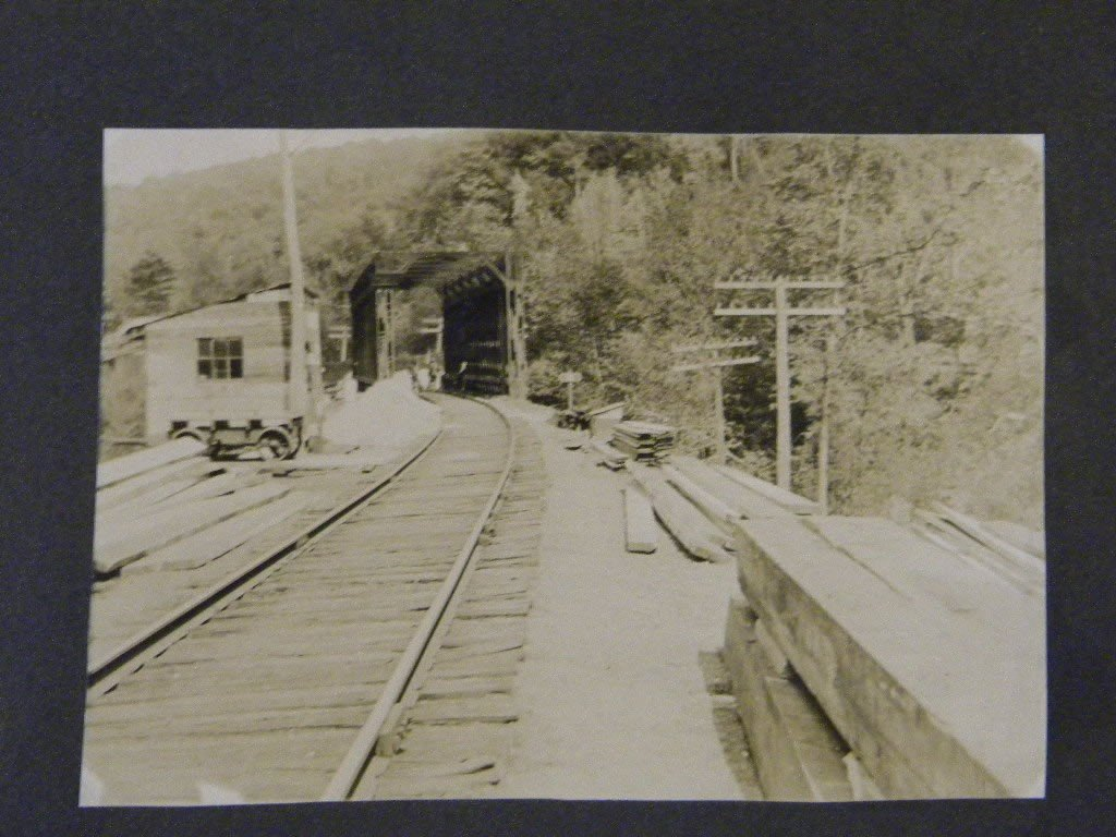 13: Lot of early train photos& 2 large cabinet cards 2  - 5
