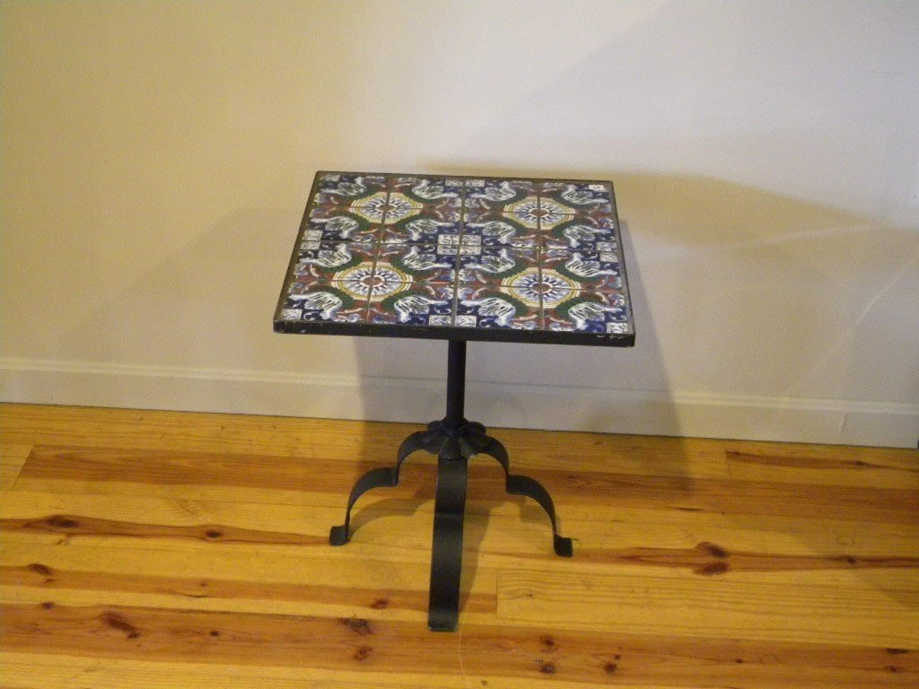"""23: Tile top table 18"""" square height is 21 1/2"""""""