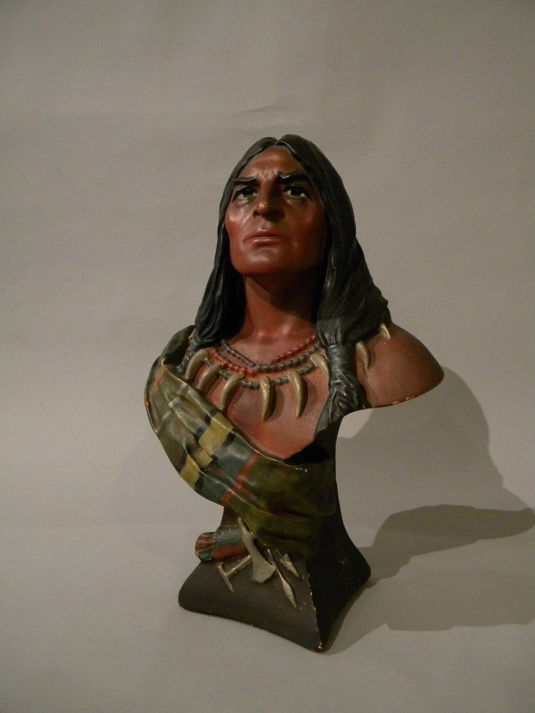 32: Bailey & Co chalkware bust of Native American Chief