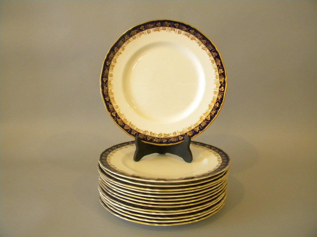 14 Royal Worcester Arundel Dinner Plates