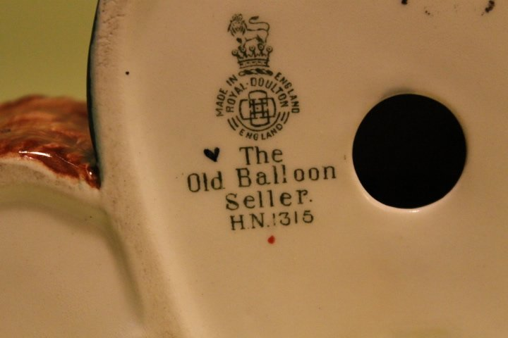 "Royal Doulton ""Balloon Man & Balloon Woman"" - 4"