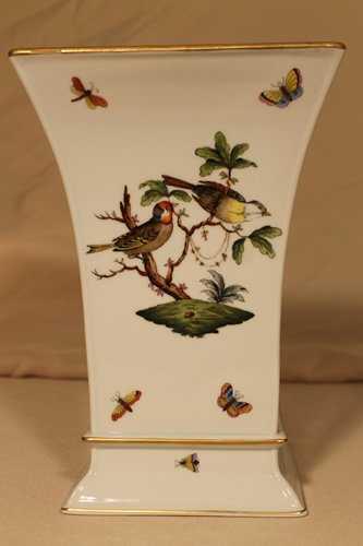 Herend Vase Birds Butterflies