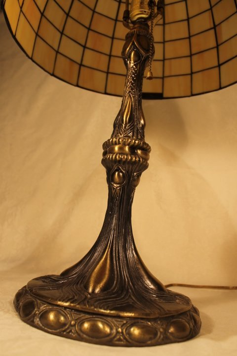 Dale Tiffany Mickey Mouse Table Lamp - 3