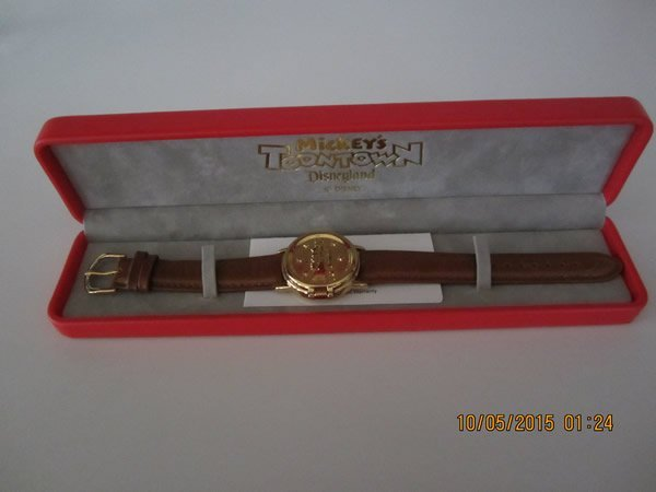 Disney Mickey Mouse Toontown Watch - 5