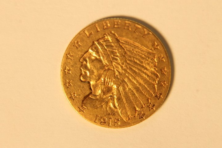 1915 2 1/2 Indian Head Gold Coin