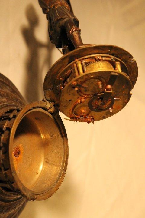 Blackamoor Globe Clock 18th Century - 7