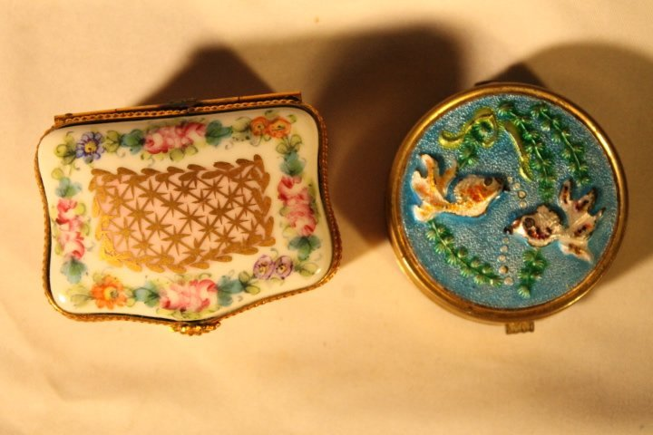 Lot of 4 Pill & Snuff Boxes - 2